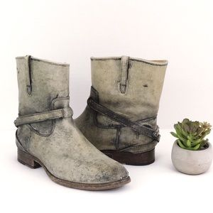 FRYE Lindsey Plate Short Distressed Boot Bootie 7